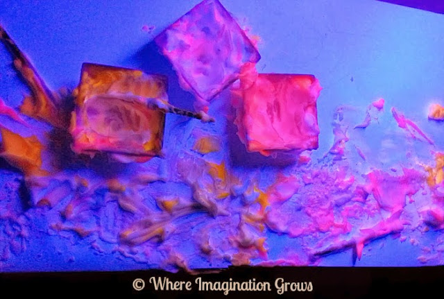 black light shaving cream kids activity