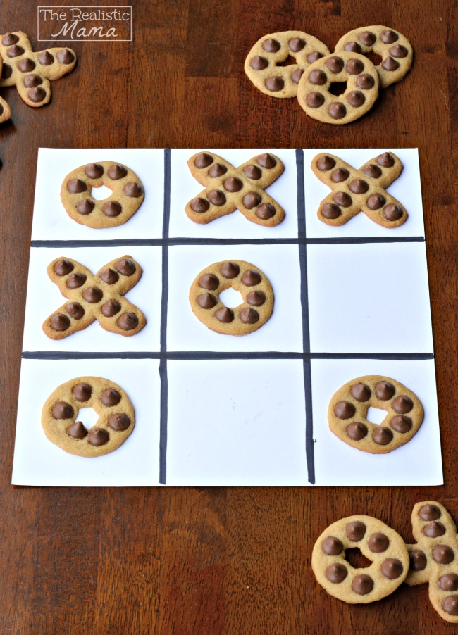 How to make tic-tac-toe cookies! I love this idea!