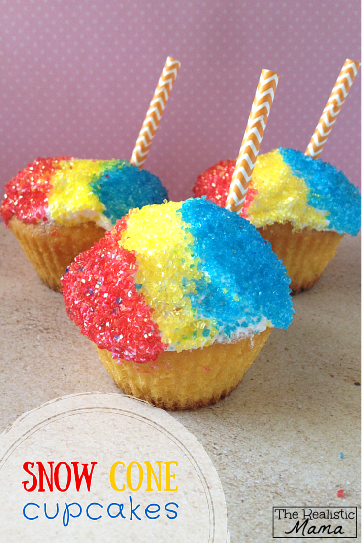 Snow Cone Cupcakes - a great and easy cupcake for kids this summer! Get the tips on how to decorate it them in this post.