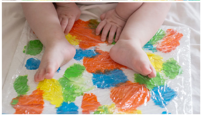 painting-with-babies